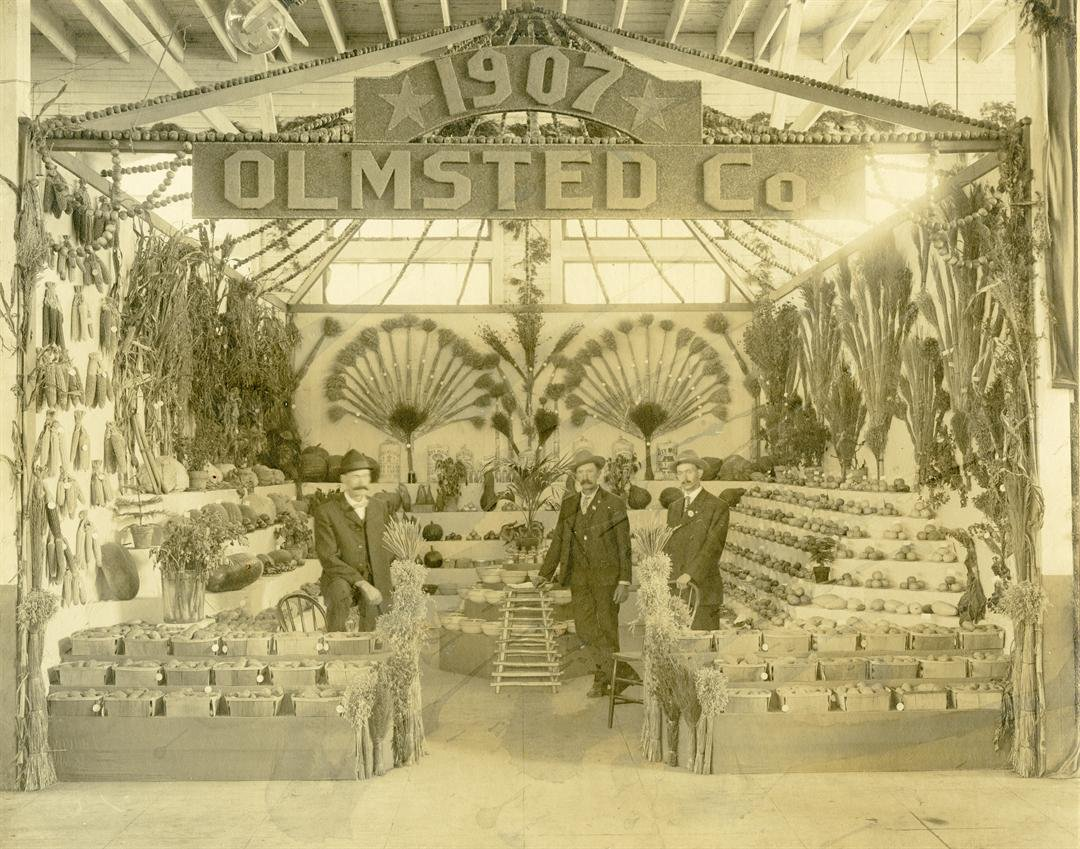 A booth representing Olmsted County at the Minnesota State Fair in 1907 / Photo: History Center of Olmsted County