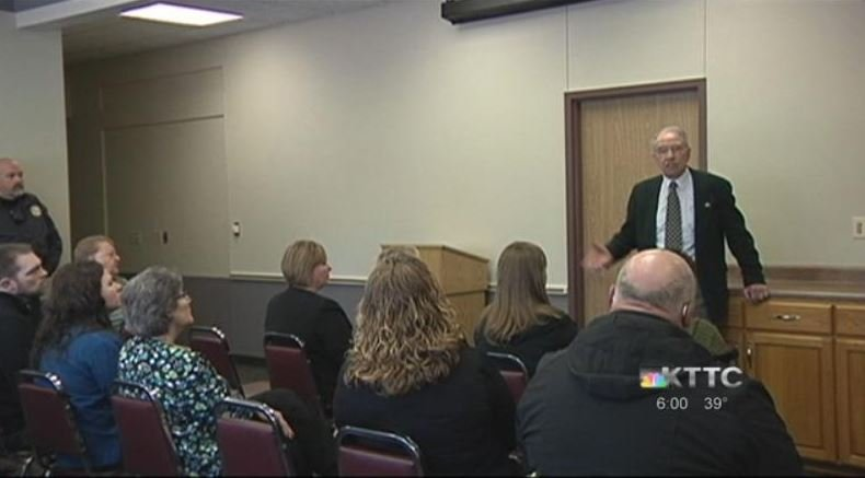 Senator Chuck Grassley holds health care 'town hall' in Cresco