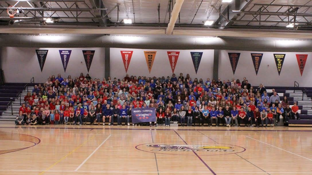 Grand Meadow's show of support for Mabel-Canton community