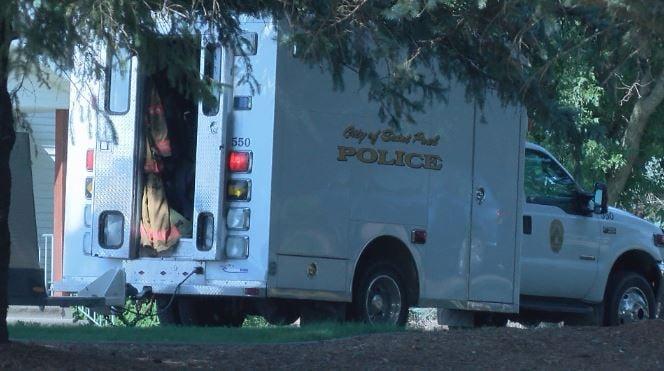 St. Paul Bomb Squad arrives in Eyota neighborhood