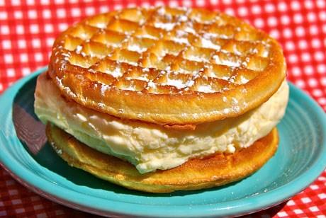Hot Toasted Waffle Ice Cream Sandwich / Minnesota State Fair