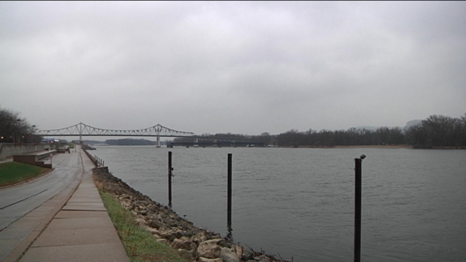 Mississippi River / Winona