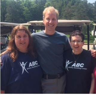 NewsCenter's Tom Overlie participated in the On the Tee with ABC golf tournament. KTTC is a proud sponsor of the event.