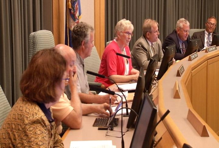 County commissioners debate solution for Lake Zumbro funding