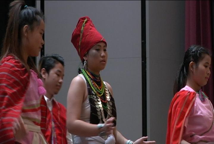 karenni people perform pole festival in austin waow