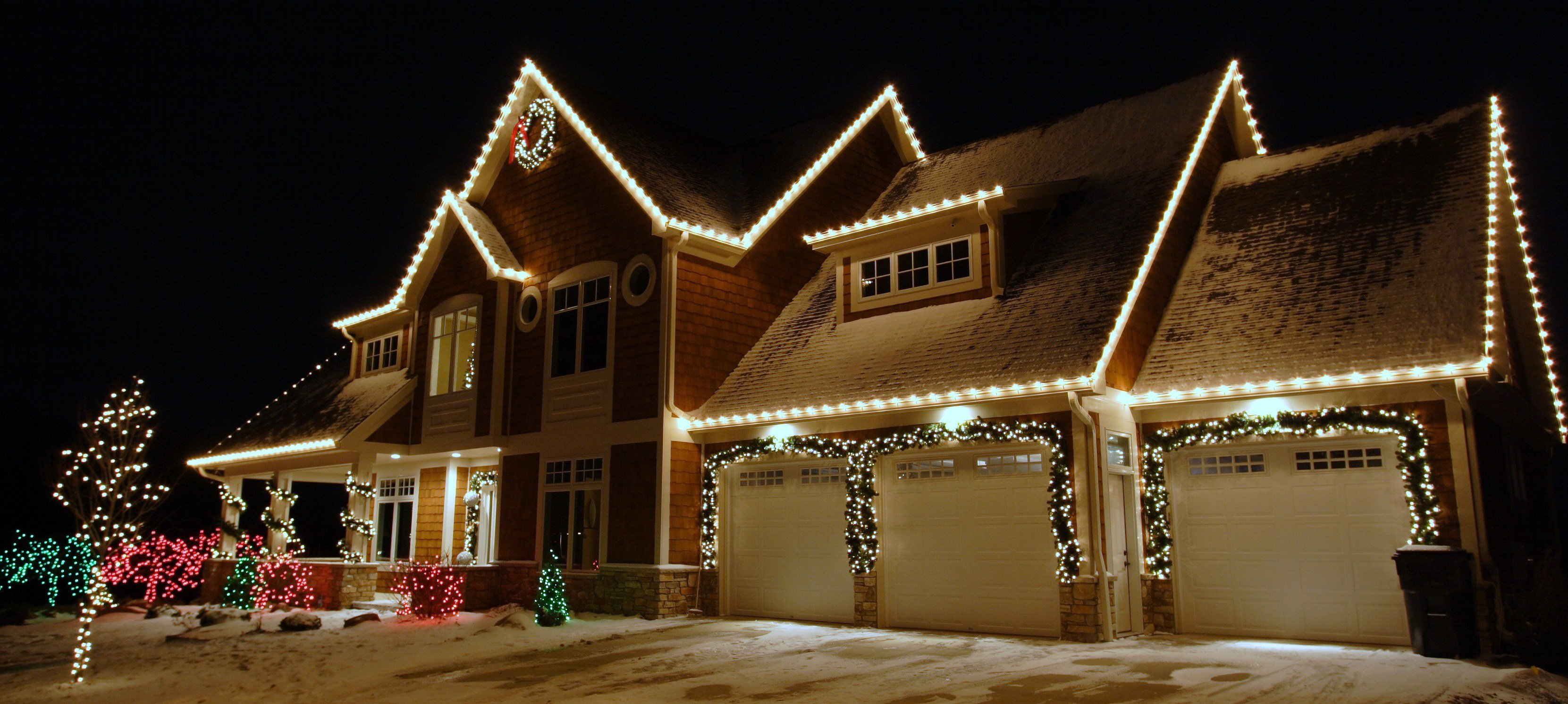 Christmas house decorations company