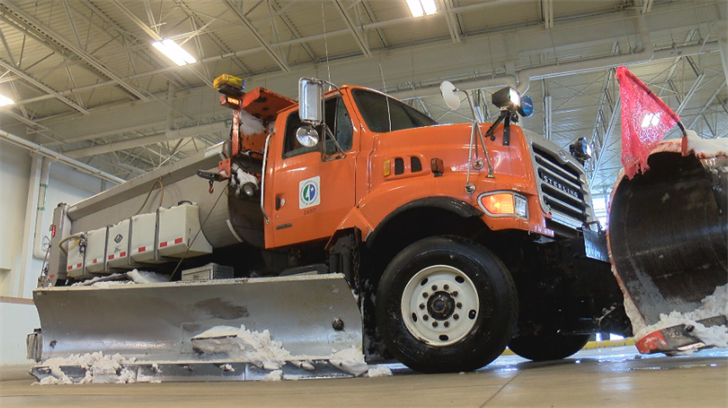 mndot plows power through wet and heavy snow ktiv news 4 sioux city ia news weather and sports. Black Bedroom Furniture Sets. Home Design Ideas