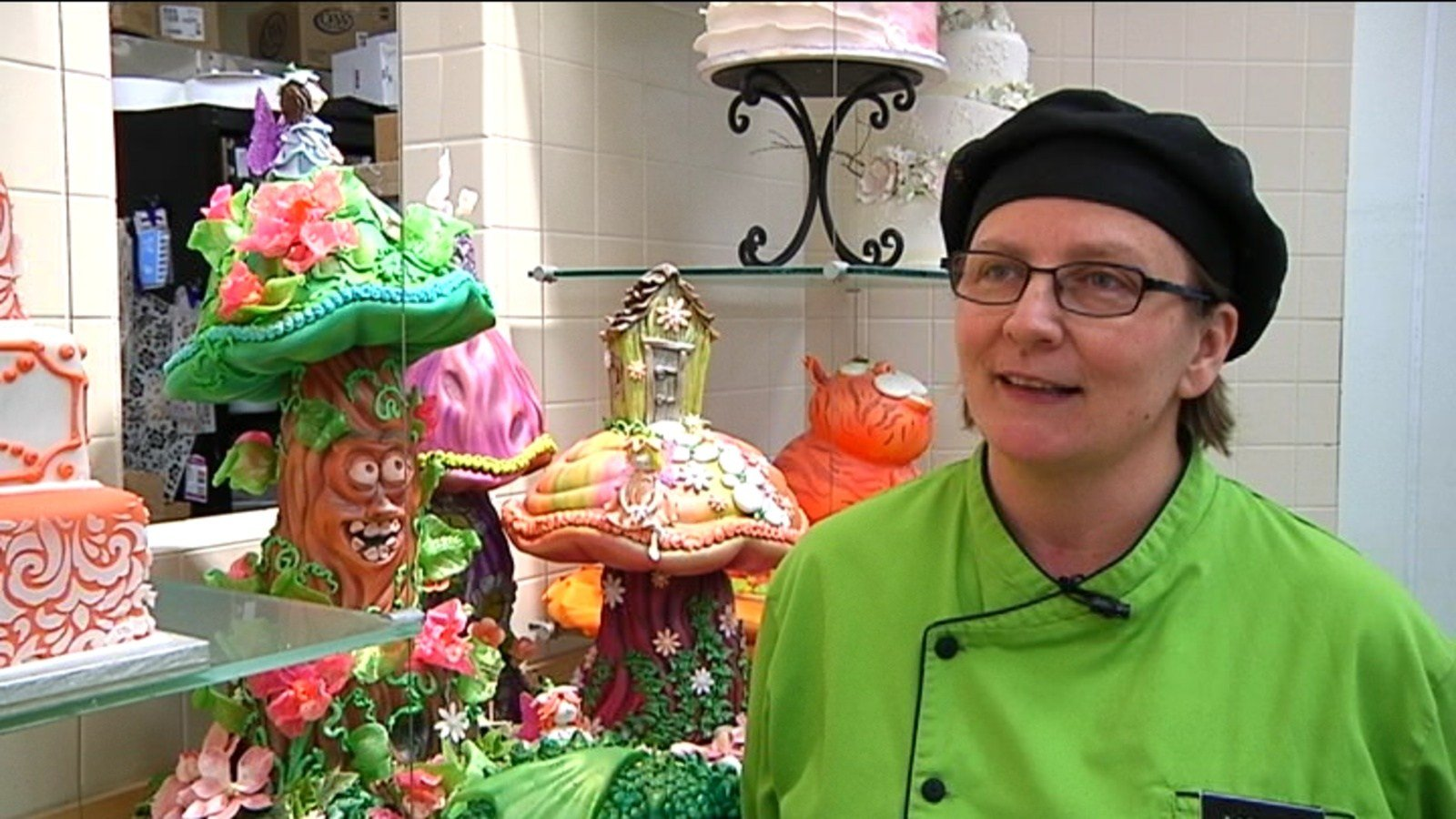 Rochester resident wins Midwest cake decorating contest ...
