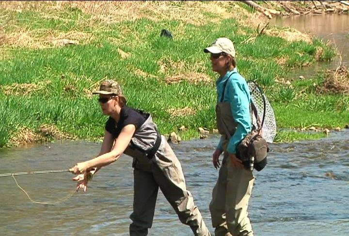 Lt governor goes fly fishing to kick off trout fishing for Fly fishing iowa