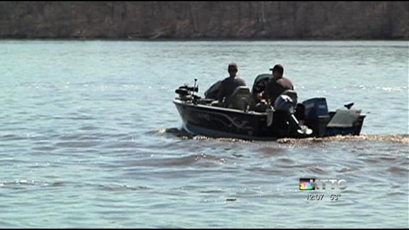 Anglers head to lake for mn fishing opener kttc for Mn dnr fishing regulations