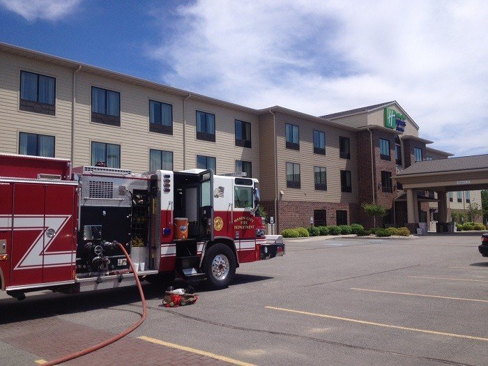Update mason city hotel reopens after chemical reaction for Community motors mason city ia
